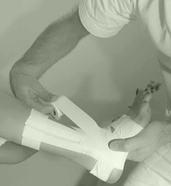 athetlic injury physiotherapy taping